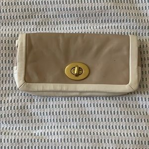Handbags - GUC Coach clutch
